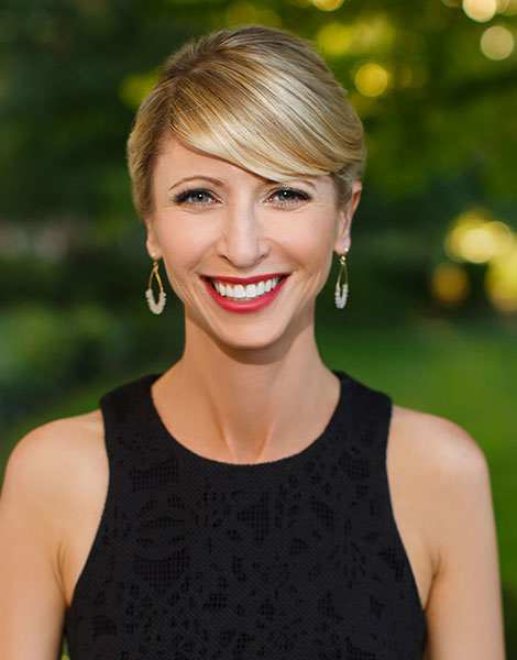 Portrait shot of Amy Cuddy