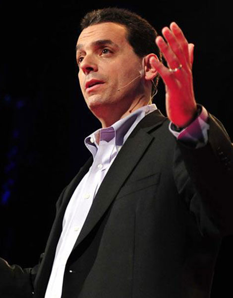 portrait of Dan Pink